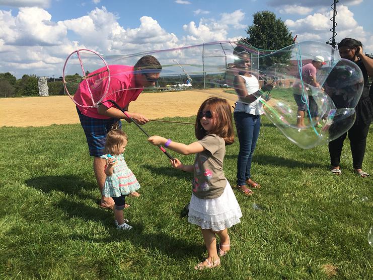 Free Bubble Festival - Grandpop Bubbles