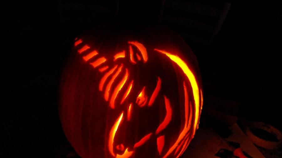 Epic unicorn jack-o-lantern
